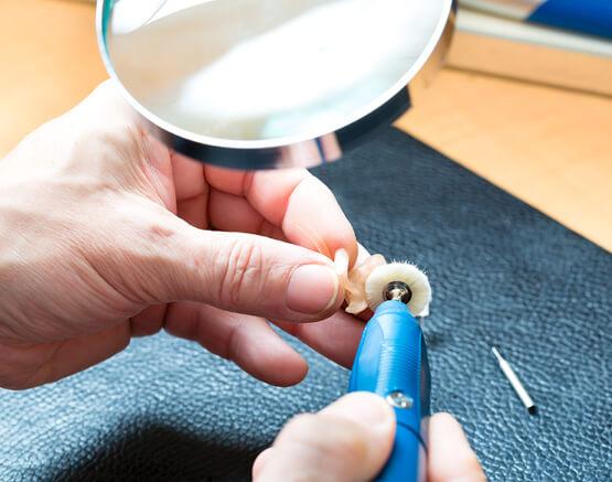 Naprawa aparatów słuchowych